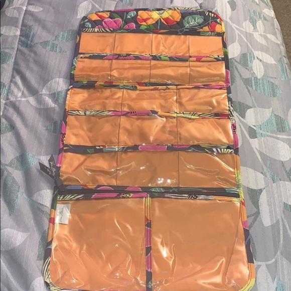 Vera Bradley Handbags - Vera Bradley jazzy blooms hanging case